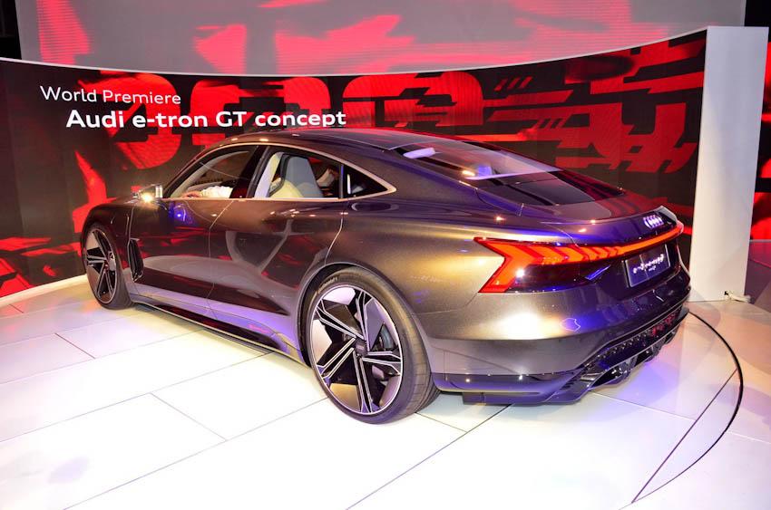 Audi e-tron GT 13