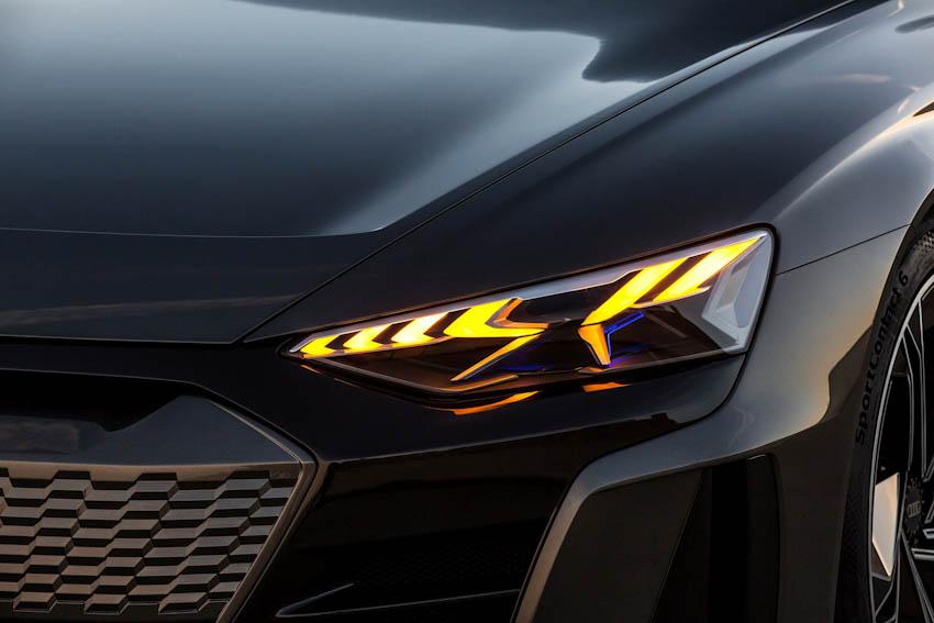 Audi e-tron GT 14