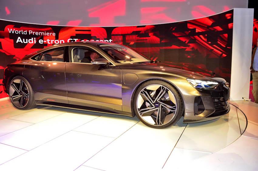 Audi e-tron GT 22