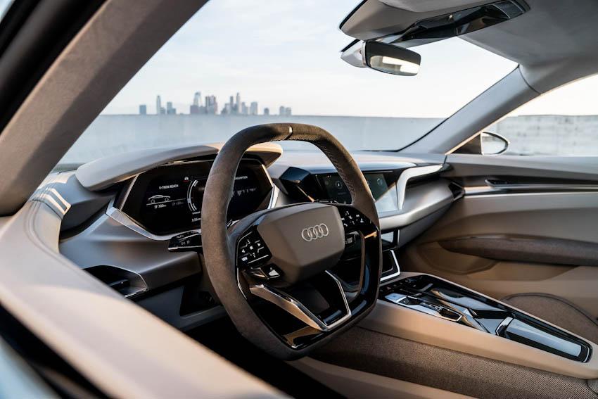 Audi e-tron GT 4