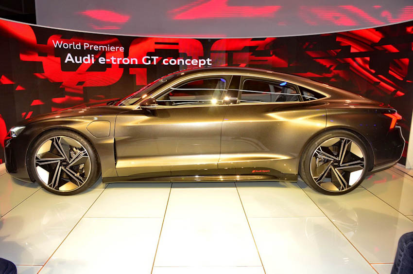 Audi e-tron GT 7