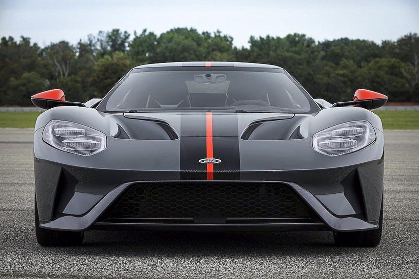 Siêu xe phiên bản đặc biệt Ford GT Carbon Series 2