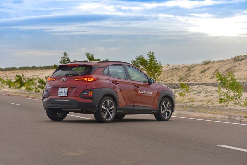 Hyundai Kona sở hữu kiểu dáng thiết kế trẻ trung, phá cách