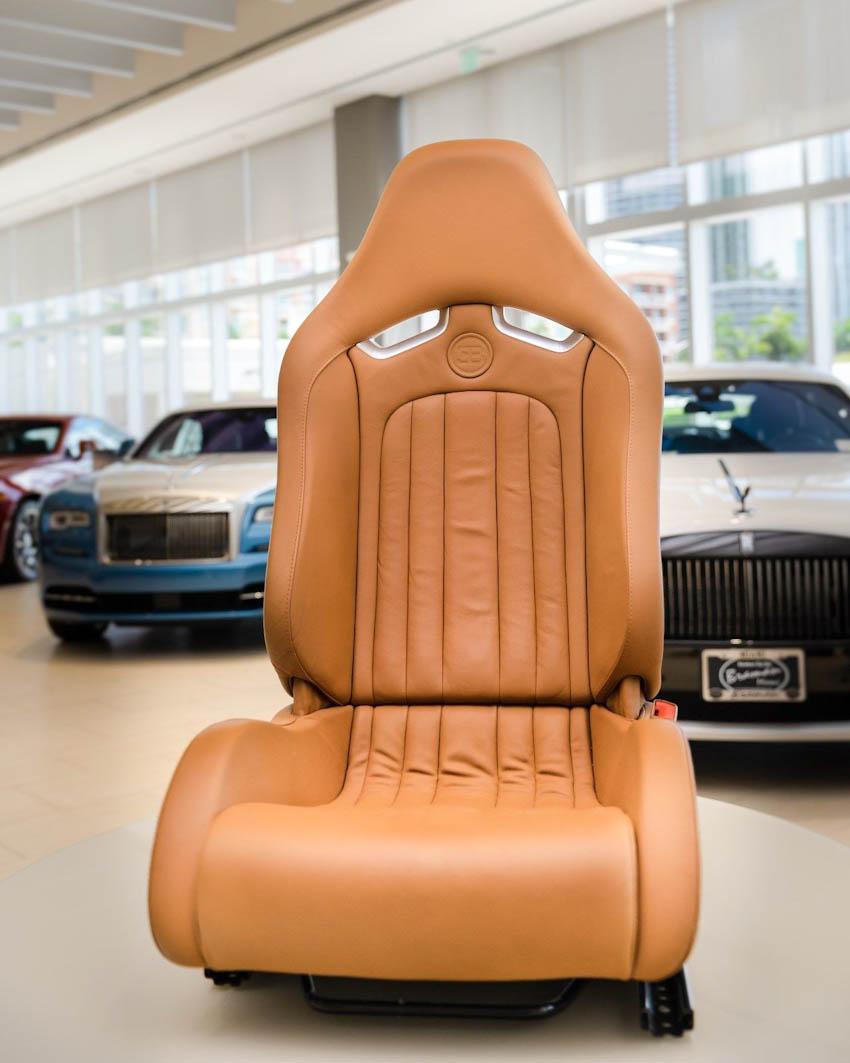 Bộ nội thất Bugatti Veyron 3
