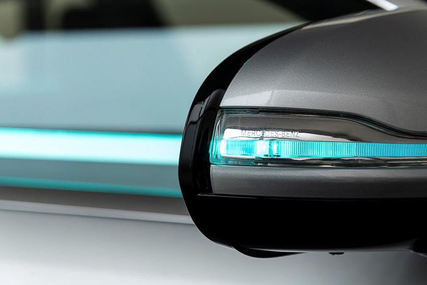 Mercedes-Benz phát triển đèn thông minh Cooperative Car cho xe tự lái 5