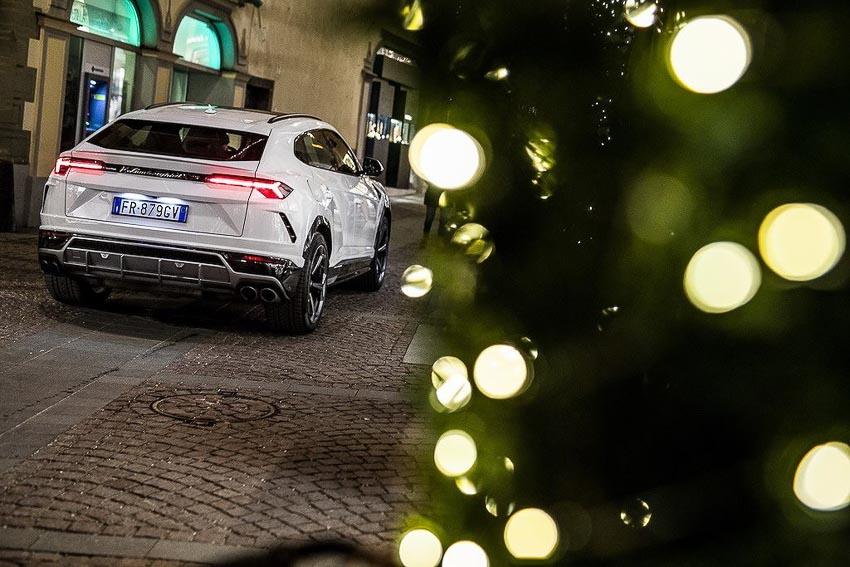 siêu SUV Lamborghini 8