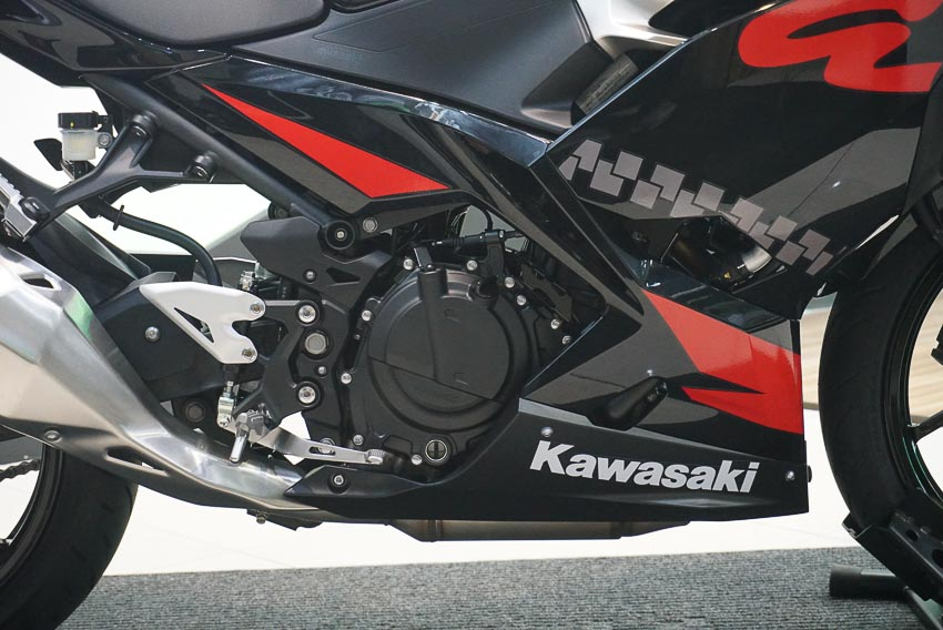 Kawasaki Ninja 400 ABS 2019 4