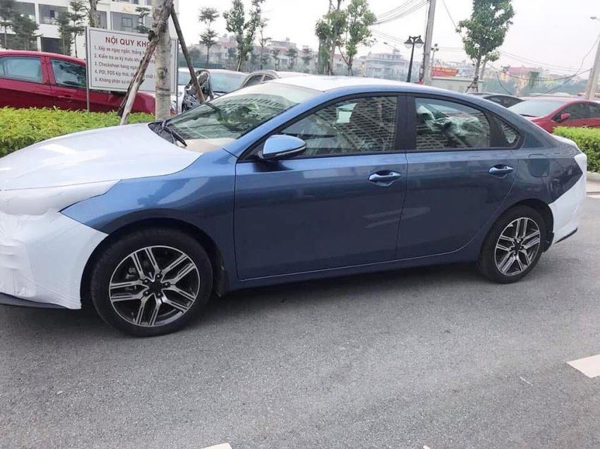 Kia Cerato 2019 về đến đại lý Việt Nam