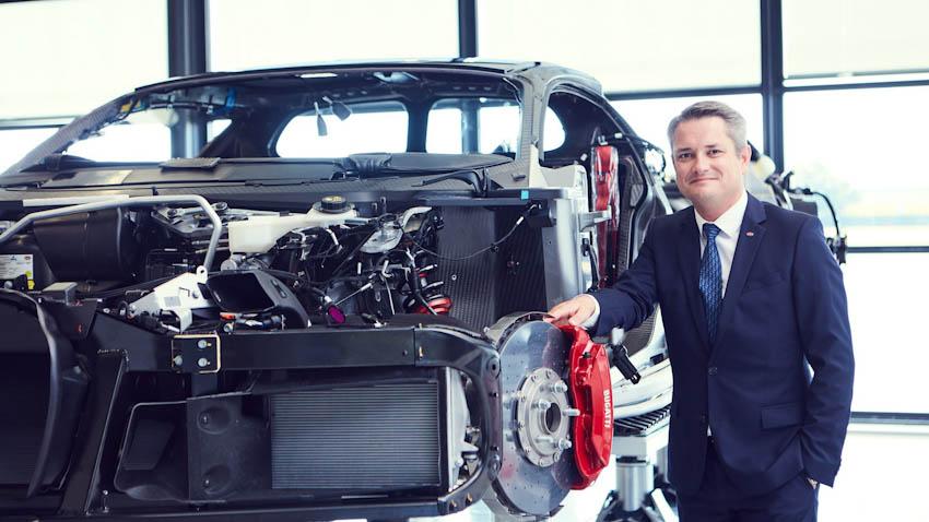 Bugatti Chiron 16