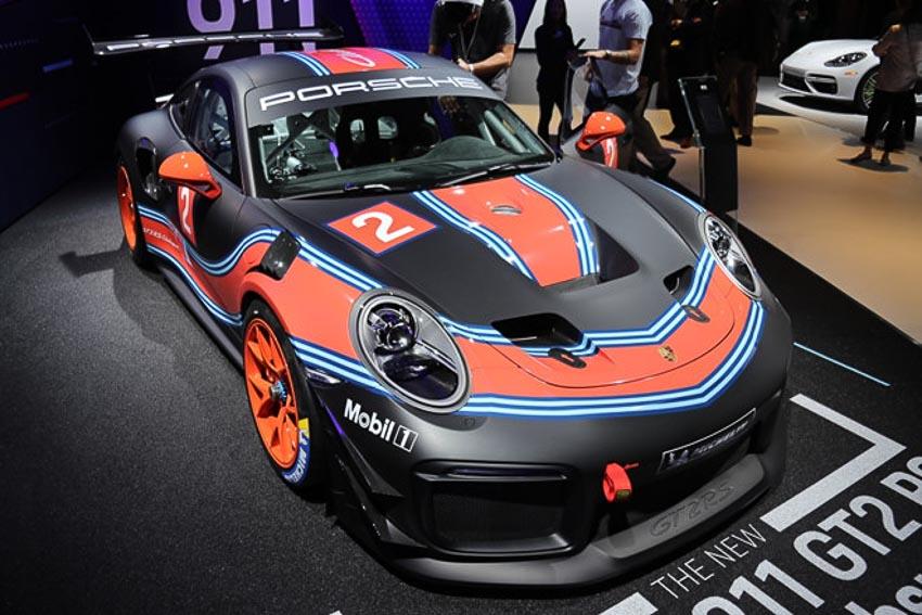 Porsche 911 GT2 RS Clubsport phiên bản đường đua 2