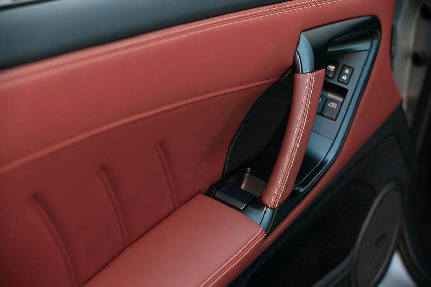 Nissan GT-R 2019 8