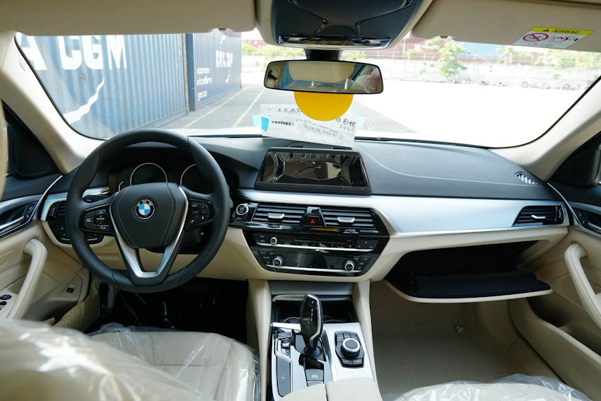 BMW 5-Series 2019 2