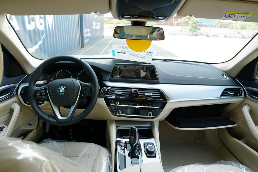 BMW 5-Series 2019 1