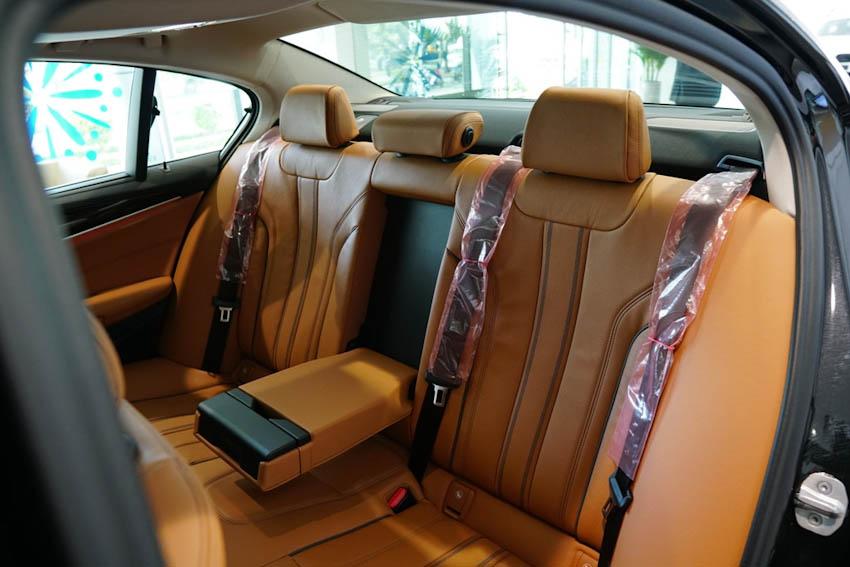 BMW 5-Series thế hệ 7