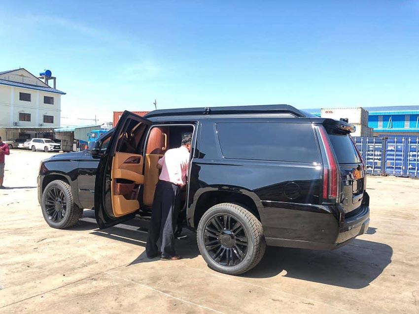 Cadillac Escalade bản độ Lexani 5