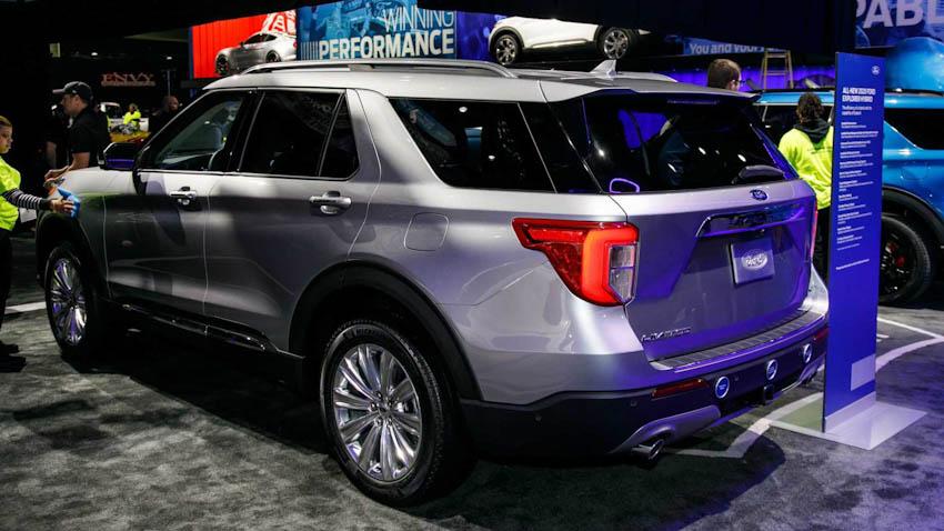 Ford Exlorer 2020 4