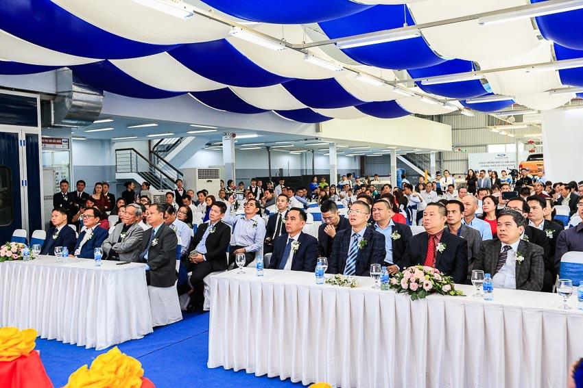 Ford Việt Nam khai trương đại lý chính hãng Gia Định Ford 3