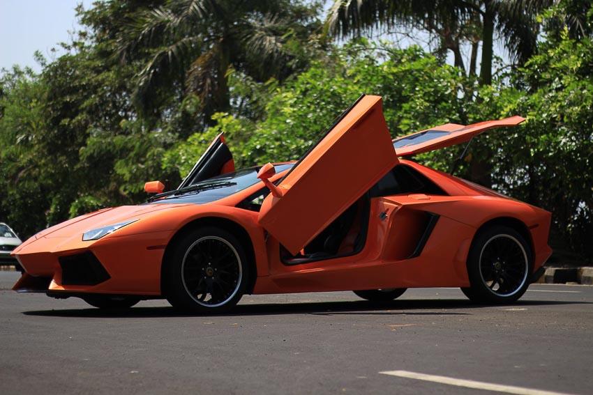 Honda Accord độ lại giống 90% Lamborghini Aventador 6