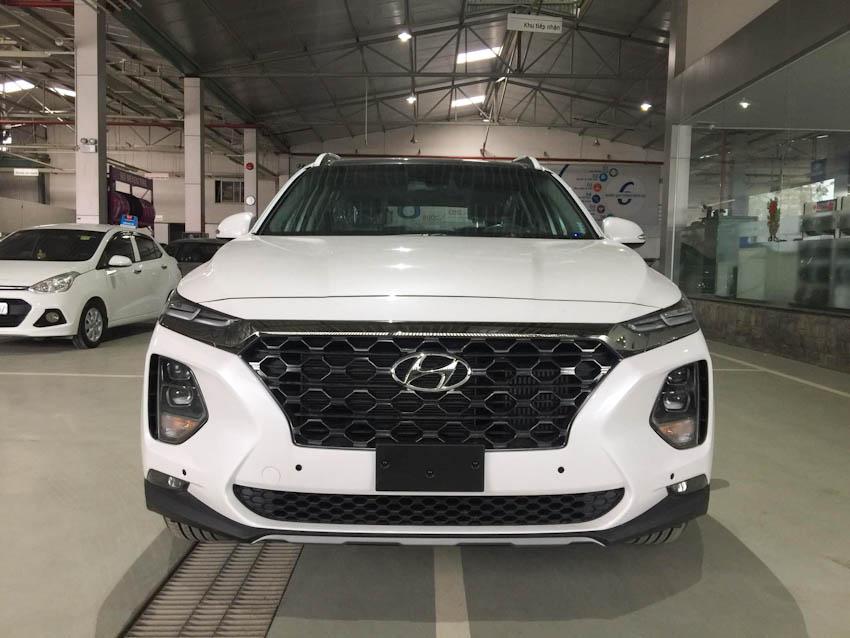 Hyundai Santa Fe 2019 6