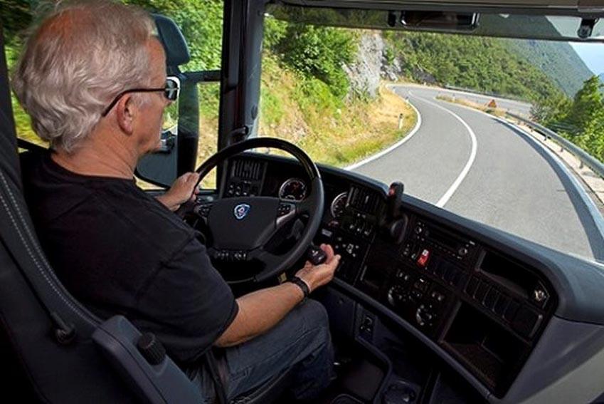 Kinh nghiệm lái ôtô đường đèo cho các bác tài 3