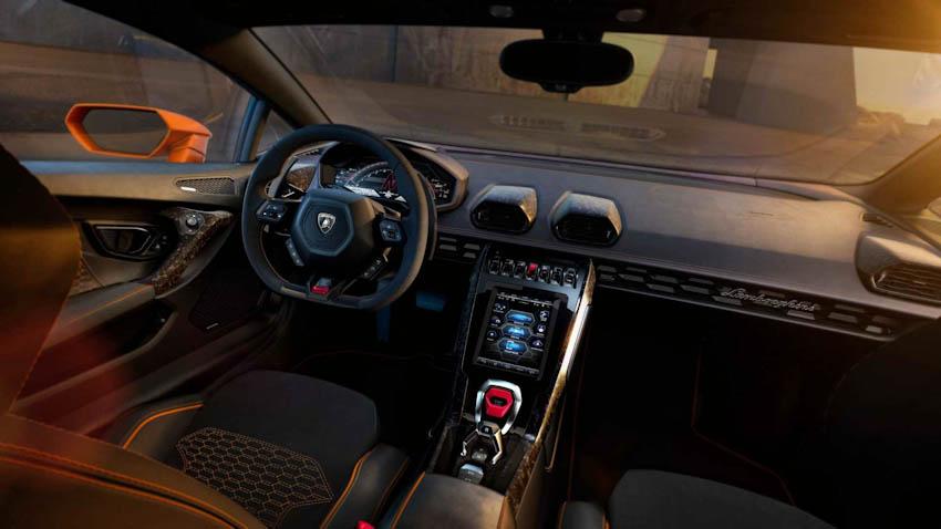 Lamborghini Huracan EVO 7