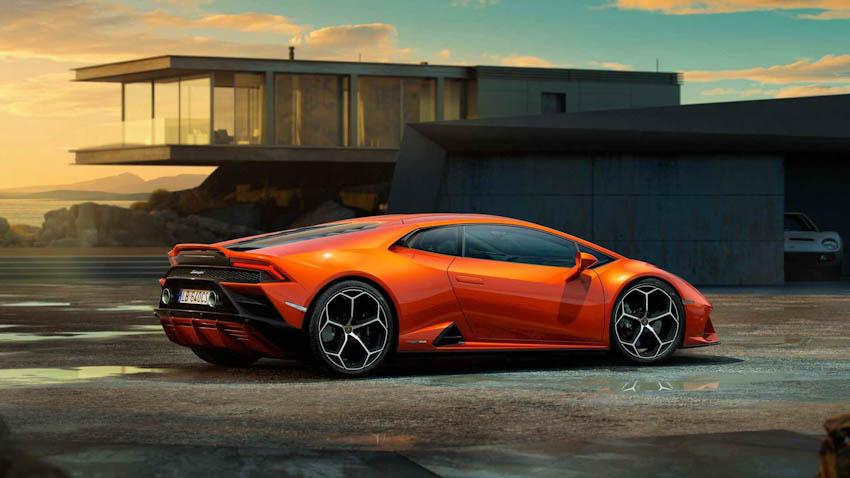 Lamborghini Huracan EVO 9