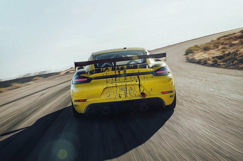 Porsche 718 Cayman GT4 Clubsport 10
