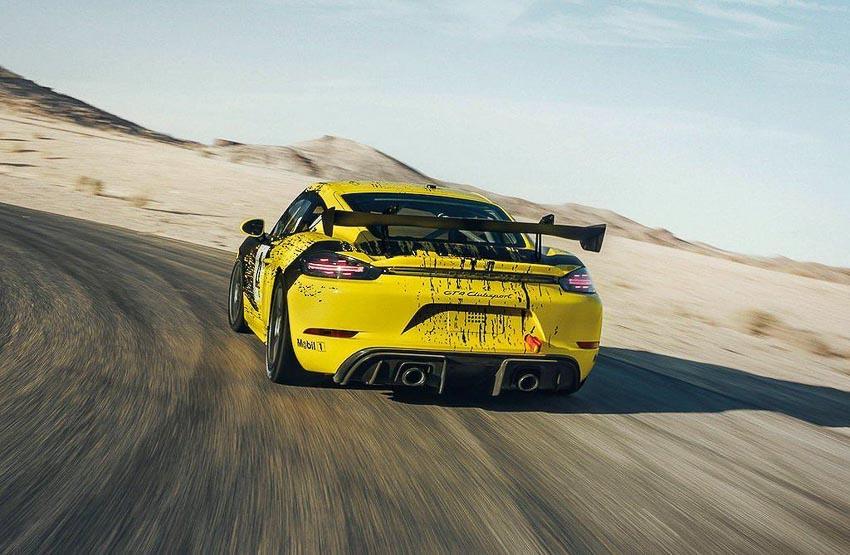 Porsche 718 Cayman GT4 Clubsport 8