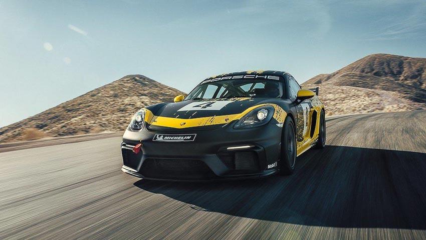 Porsche 718 Cayman GT4 Clubsport 9
