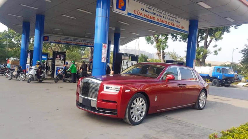 Rolls-Royce Phantom VIII 4