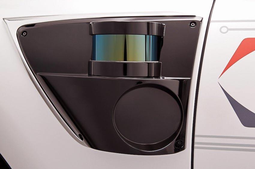 Toyota thử nghiệm tài xế ảo tự lái trên xế sang Lexus LS 500h 5