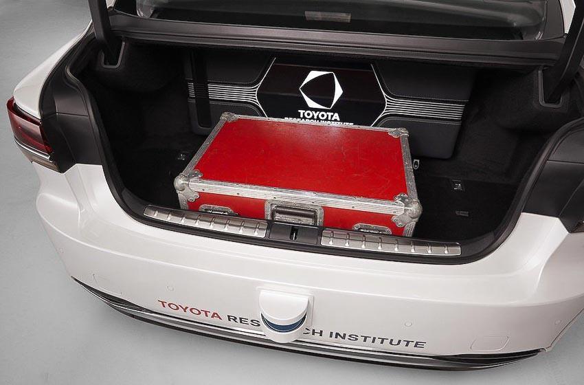 Toyota thử nghiệm tài xế ảo tự lái trên xế sang Lexus LS 500h 7
