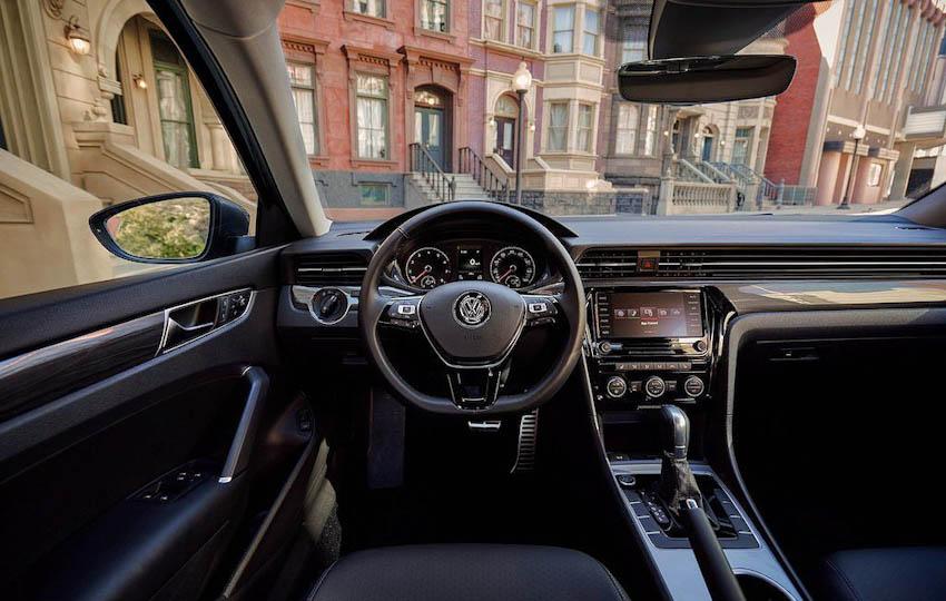 Volkswagen Passat 2020 1