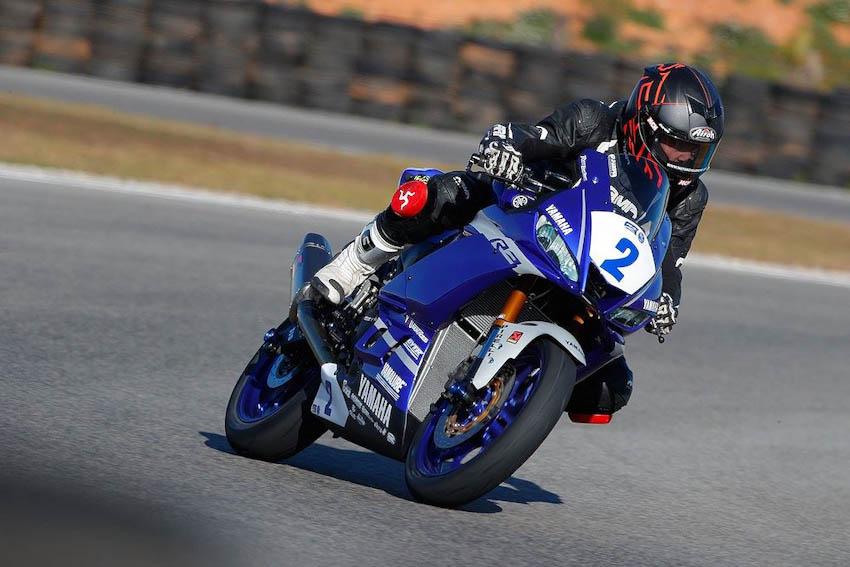 Yamaha R3 2019 3
