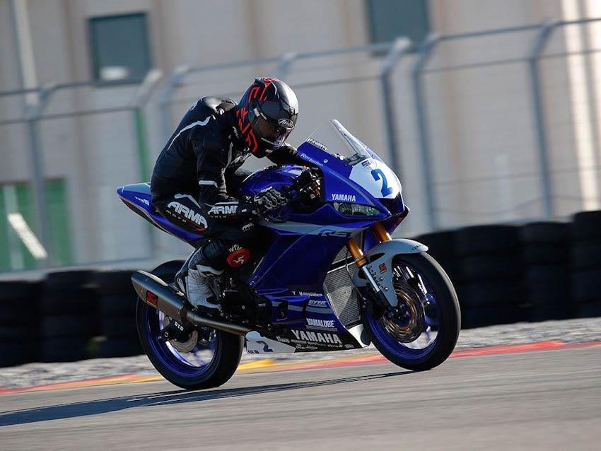 Yamaha R3 2019 5