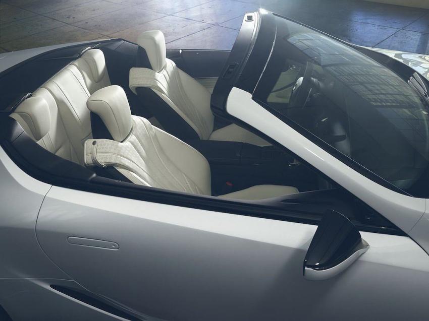 Lexus LC Convertible 9