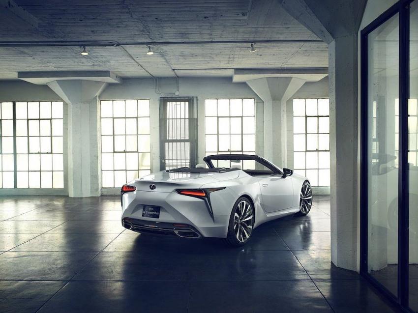 Lexus LC Convertible 8