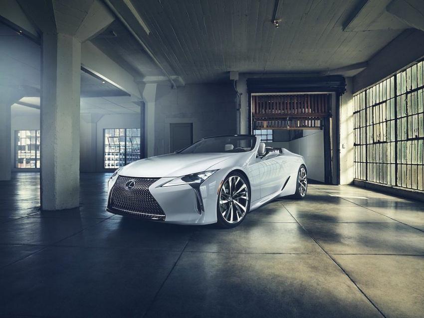 Lexus LC Convertible 11