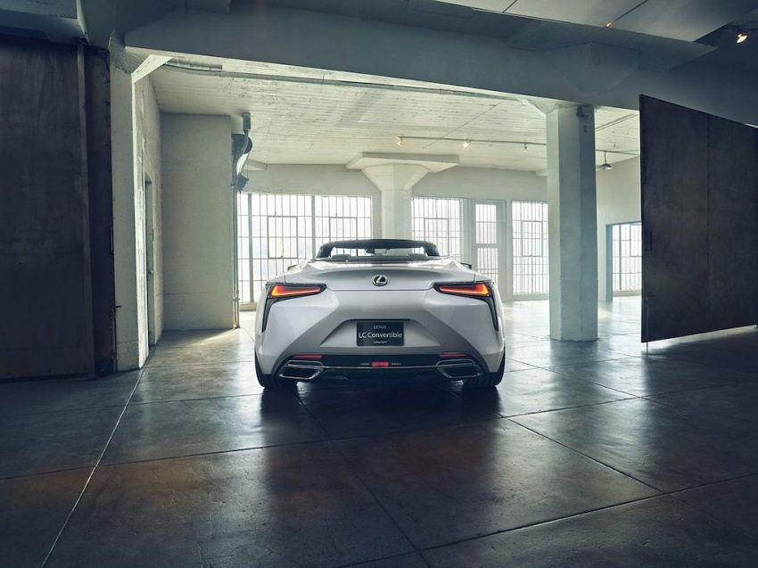 Lexus LC Convertible 3