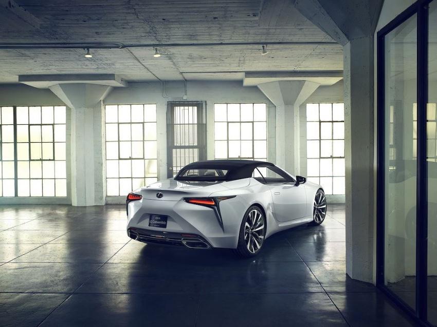 Lexus LC Convertible 4