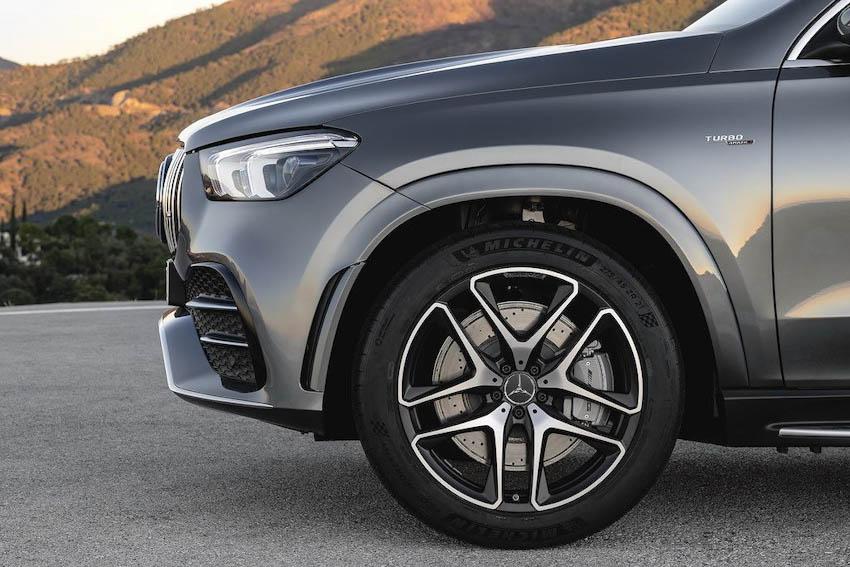 Mercedes-AMG GLE 53 4MATIC+ 6