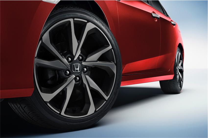 Lần đầu tiên Honda giới thiệu Honda Civic 2019 phiên bản thể thao RS tại Việt Nam - 3
