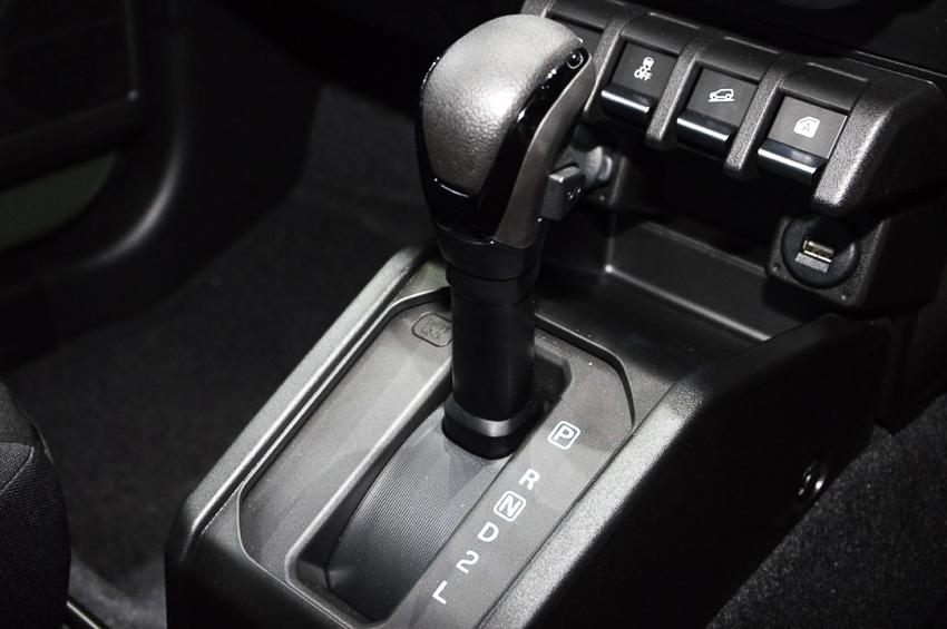 Suzuki Jimny 2019 ra mắt tại Thái Lan với mức giá gây bão hơn 1 tỷ đồng - 13