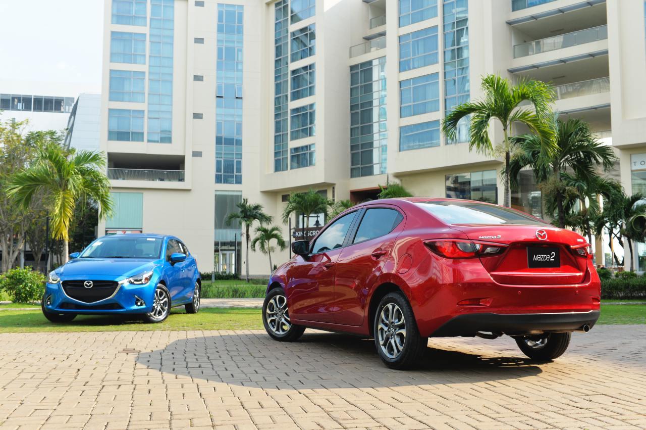 Mazda bất ngờ tăng giá nhiều phiên bản của Mazda 2 - 01