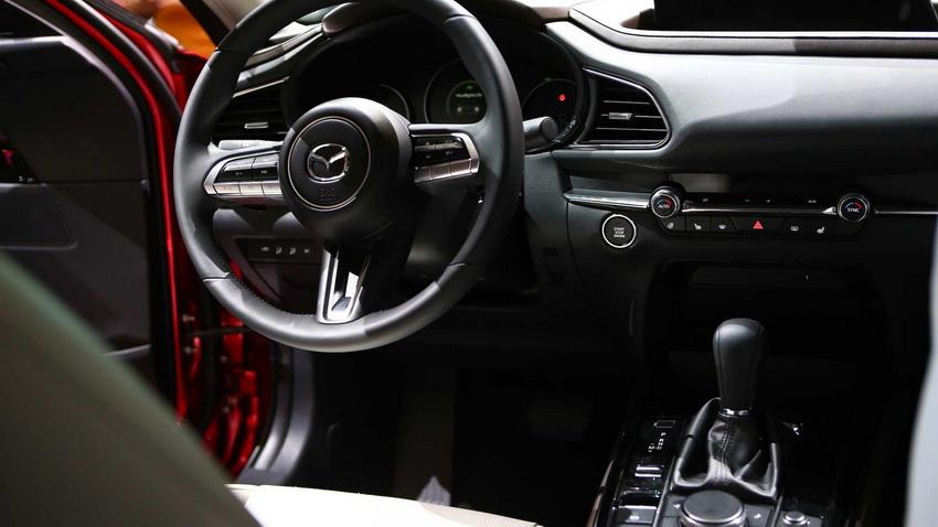 Crossover Mazda CX-30 hoàn toàn mới