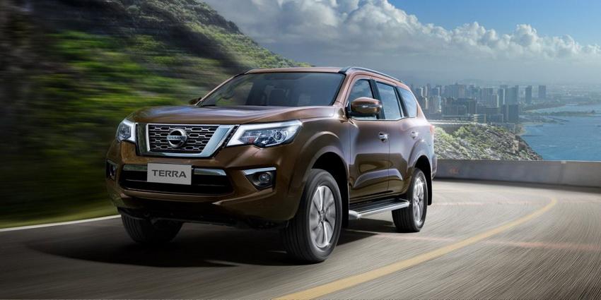 giá bán mẫu xe Nissan Terra
