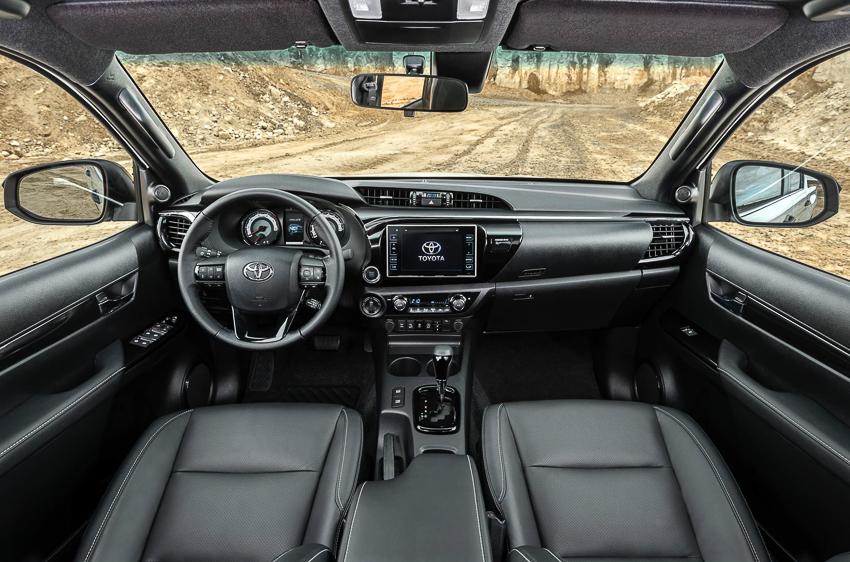 Toyota ra mắt Hilux phiên bản đặc biệt - 2
