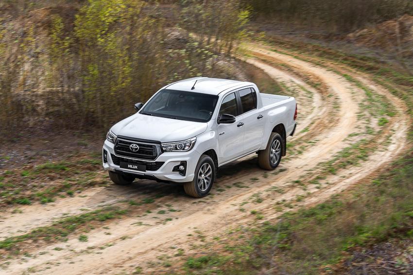 Toyota ra mắt Hilux phiên bản đặc biệt - 5
