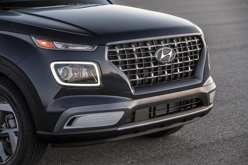 SUV cỡ nhỏ Hyundai Venue chính thức ra mắt - 09