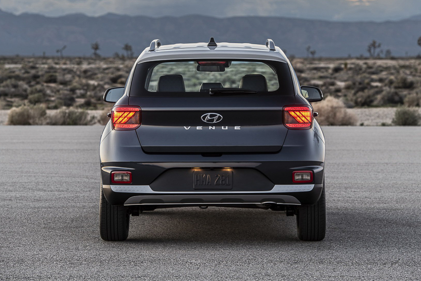 SUV cỡ nhỏ Hyundai Venue chính thức ra mắt - 10